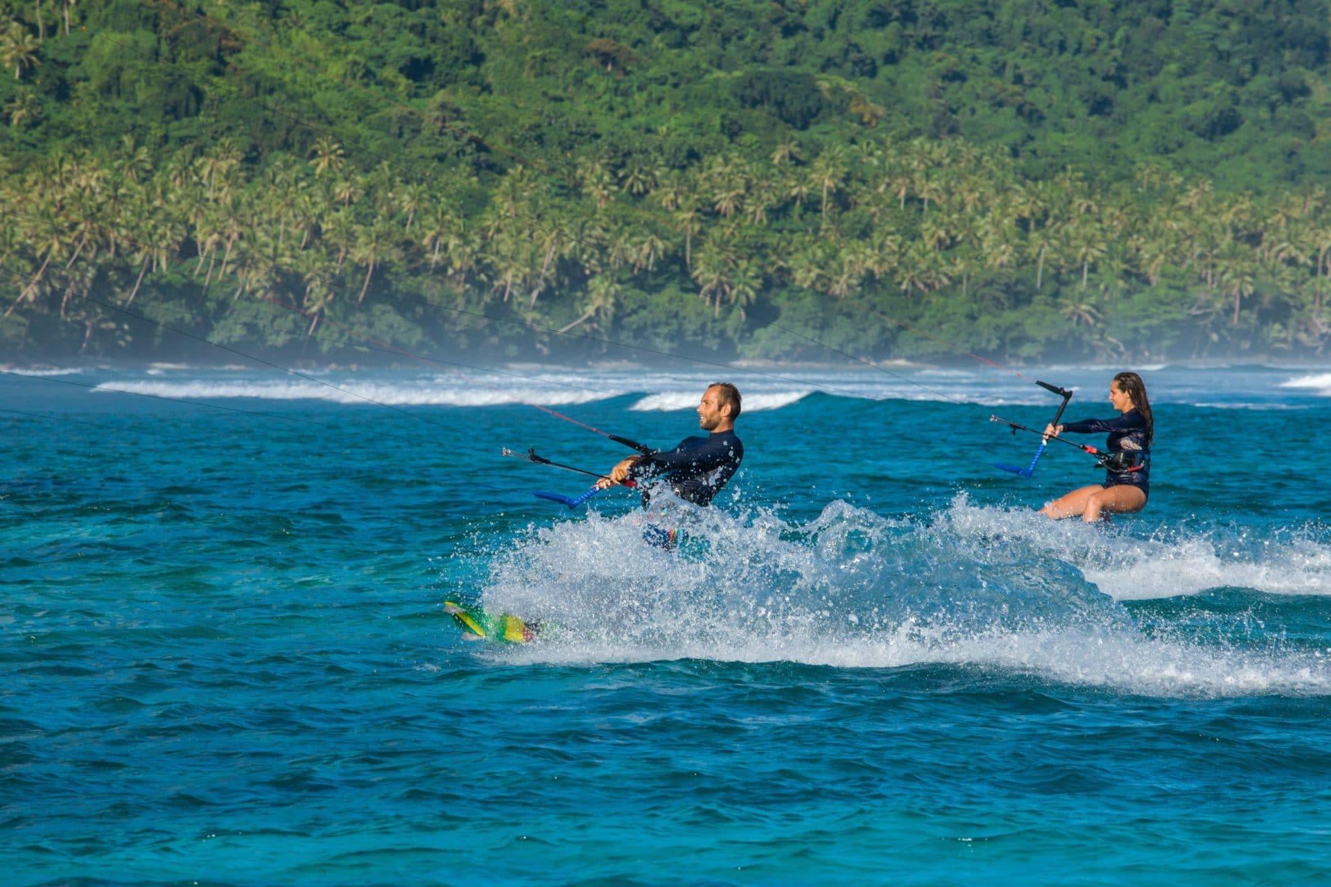 L'équipe de JKS-Kitesurf.fr navigue les eaux bleues des Fiji